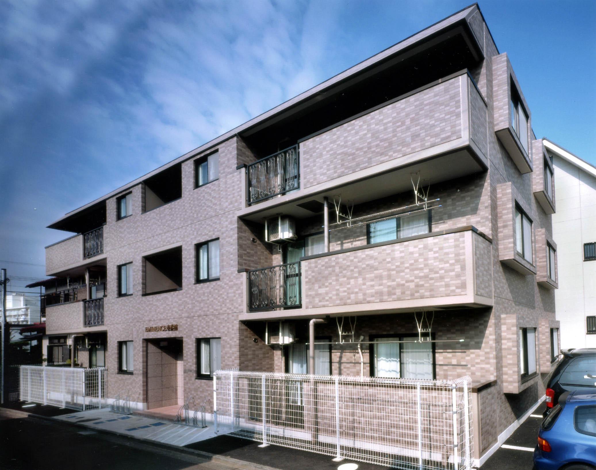 EMINENCE壱番館(エミネンス壱番館)<br /> 2001年6月竣工<br /> 3階・3LDK(6戸)