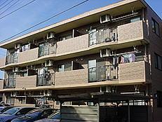 Gather Court、1st(ギャザーコート)<br /> 2002年2月竣工<br /> 3階・2LDK(9戸)