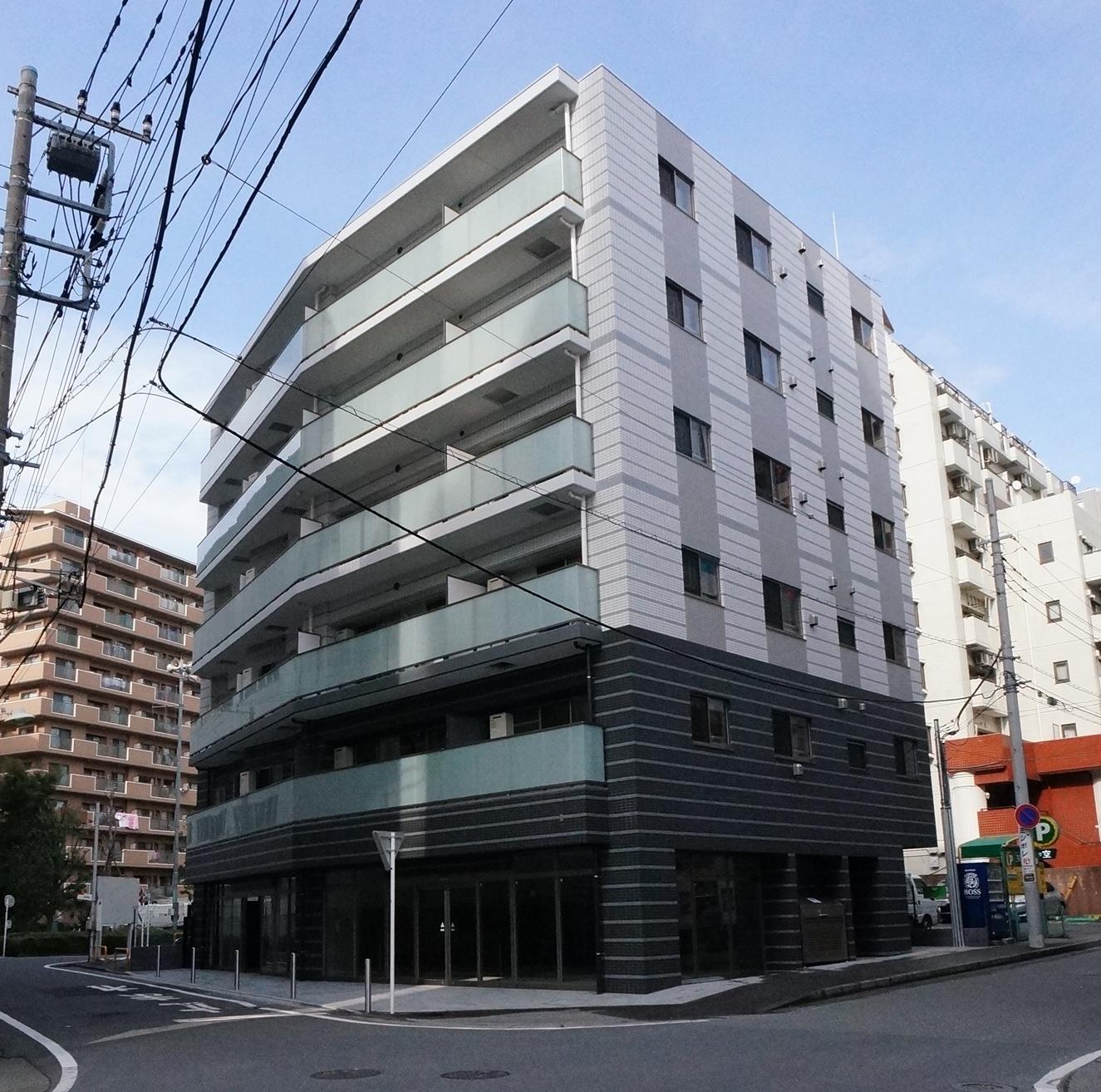 ヴィクトワール フルーヴⅥ<br /> 2014年2月竣工<br /> 6階・1LDK(20戸)・店舗(1戸)